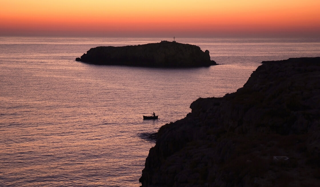 17 - Lobster sport fishing and sea caves of Polignano a Mare - Tedi Tour Operator