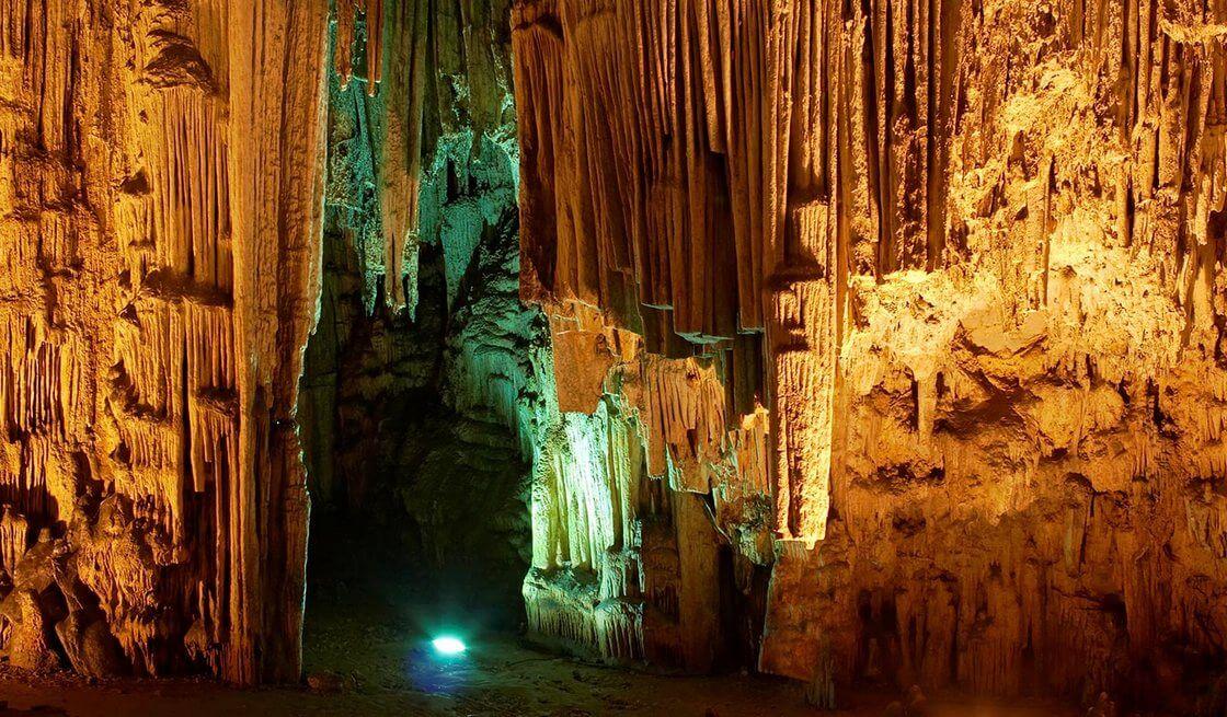 6 - Tour Grotte e Mare (Grotte di Castellana & Polignano a Mare) - Tedi Tour Operator