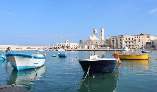 13 - Santa Claus Tour (Bari & Street Food) - Tedi Tour Operator