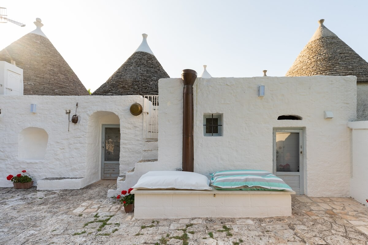 """Villa privata con Trullo e piscina a Fasano, Valle d'Itria - """"Trulli Quercia"""""""